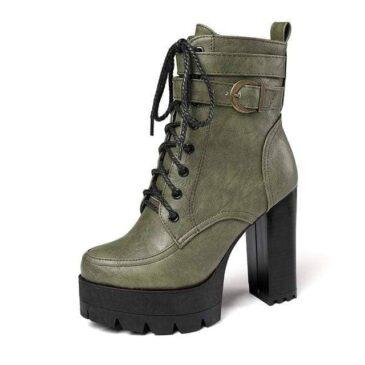 Moscow Zipper Boots